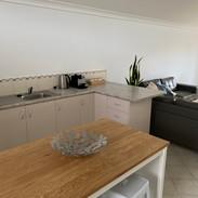 Modern & spacious kitchen