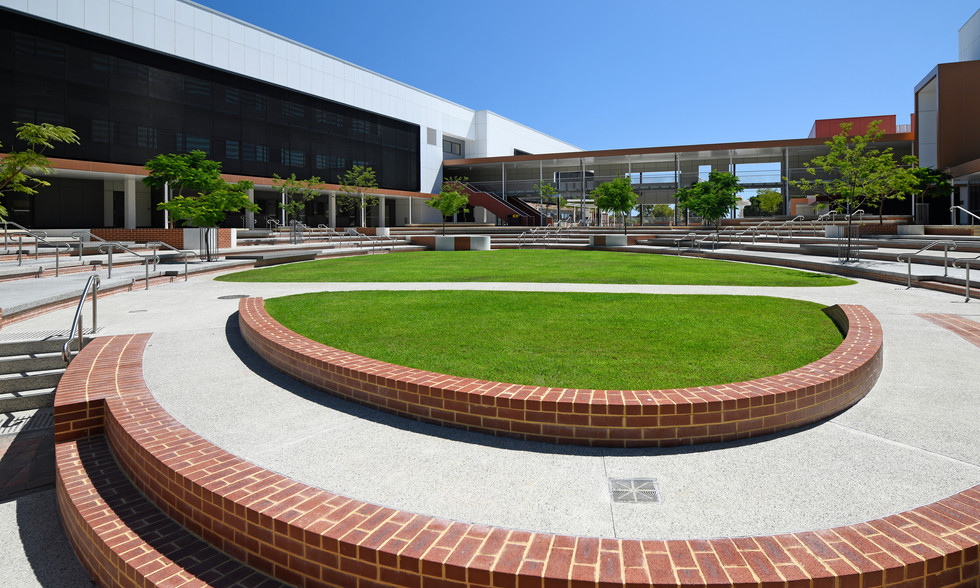 06-Bob Hawke College-Ed Janes.JPG