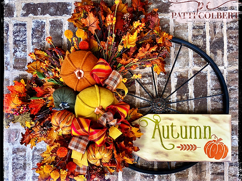 Wagon Wheel Autumn Decor