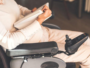 How To Pick The Best Electric Wheelchair For You