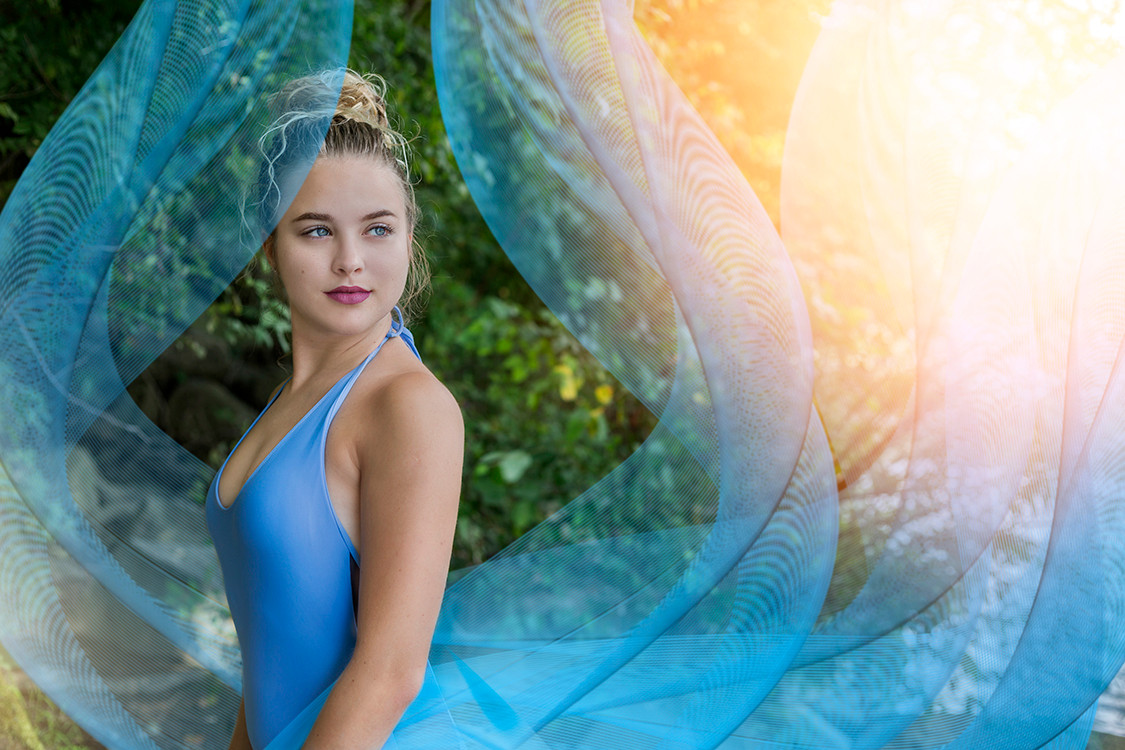 Glamour artistic outdoor portraits