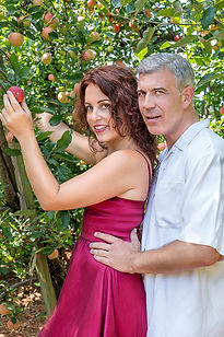 Adam and Eve photo session Charlottesville Carter Mountain Orchard