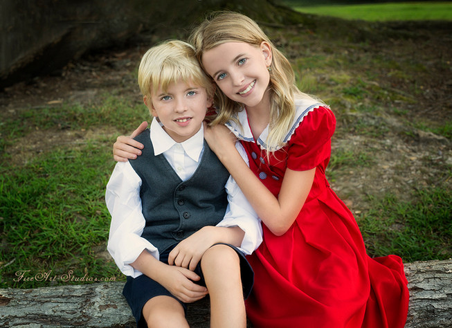 Family & Children photography. Outdoor shoot with artistic vintage flair. Brother and sister.