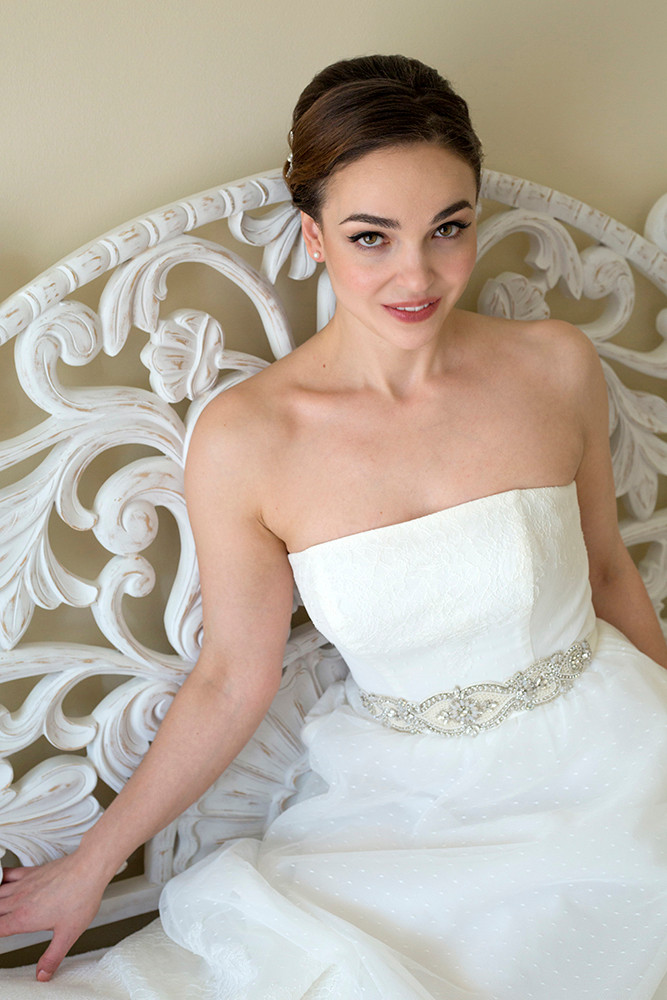 Glamour and boudoir bridal portraits