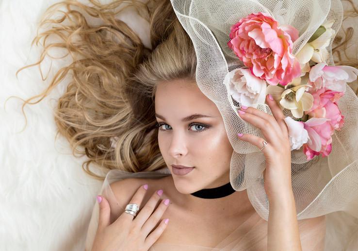 Creative fashion headshots. Beauty photography. Fashion photography.