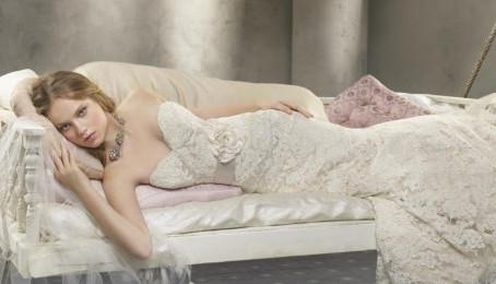 4 ways to help you achieve perfect wedding day hair