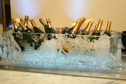 ChampagneTub1.JPG