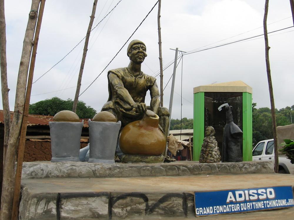 Statue Adisso - fondateur du Tchinkoumè