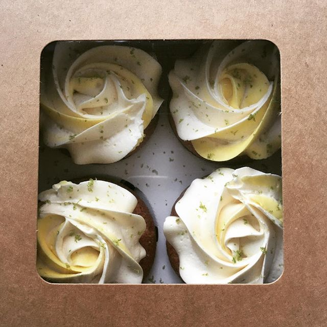 Lemon Curd Cupcakes (GF)
