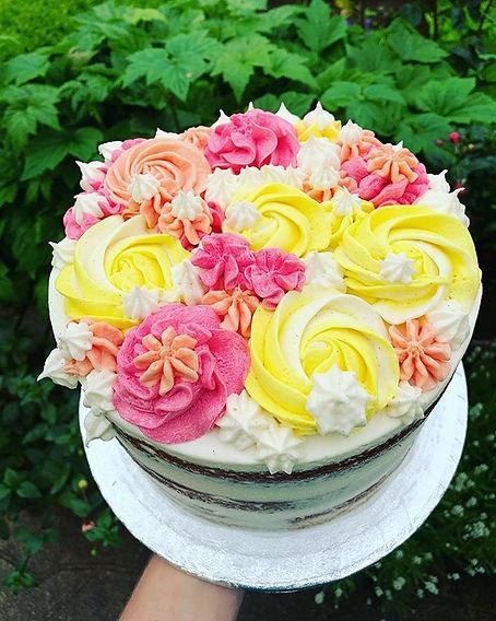 Lemon & almond vegan Birthday cake