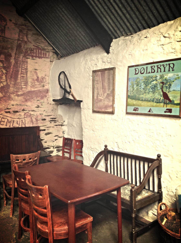Barn Bar