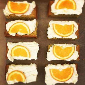 V Orange, olive oil, spelt slices