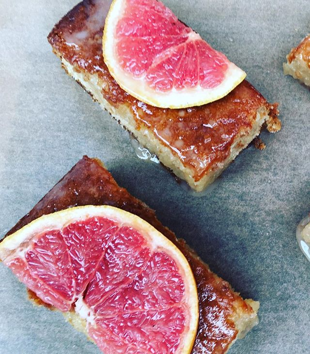 Grapefruit Drizzle Sheet Cake (V)