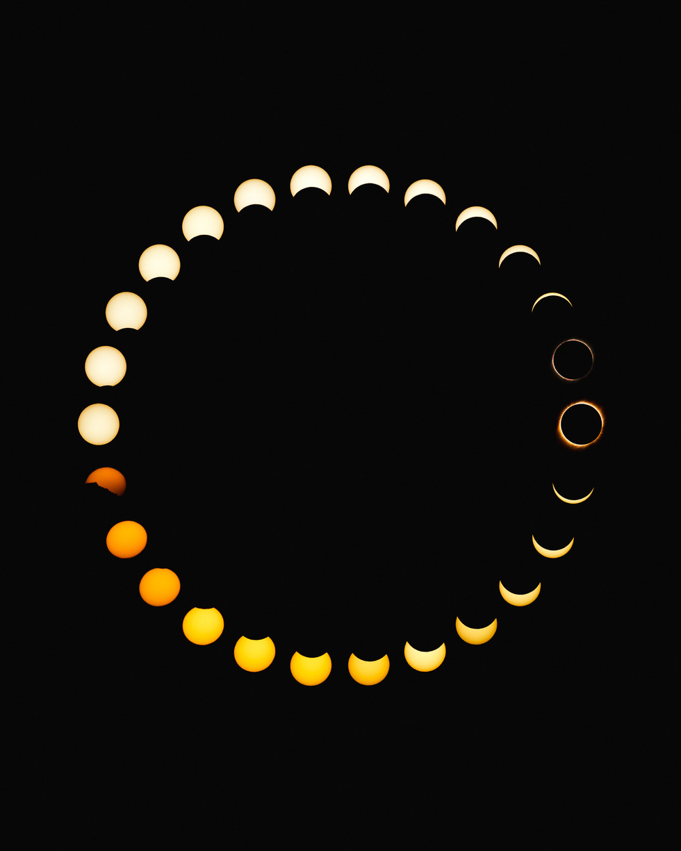 Total Solar Eclipse in 26 Photos
