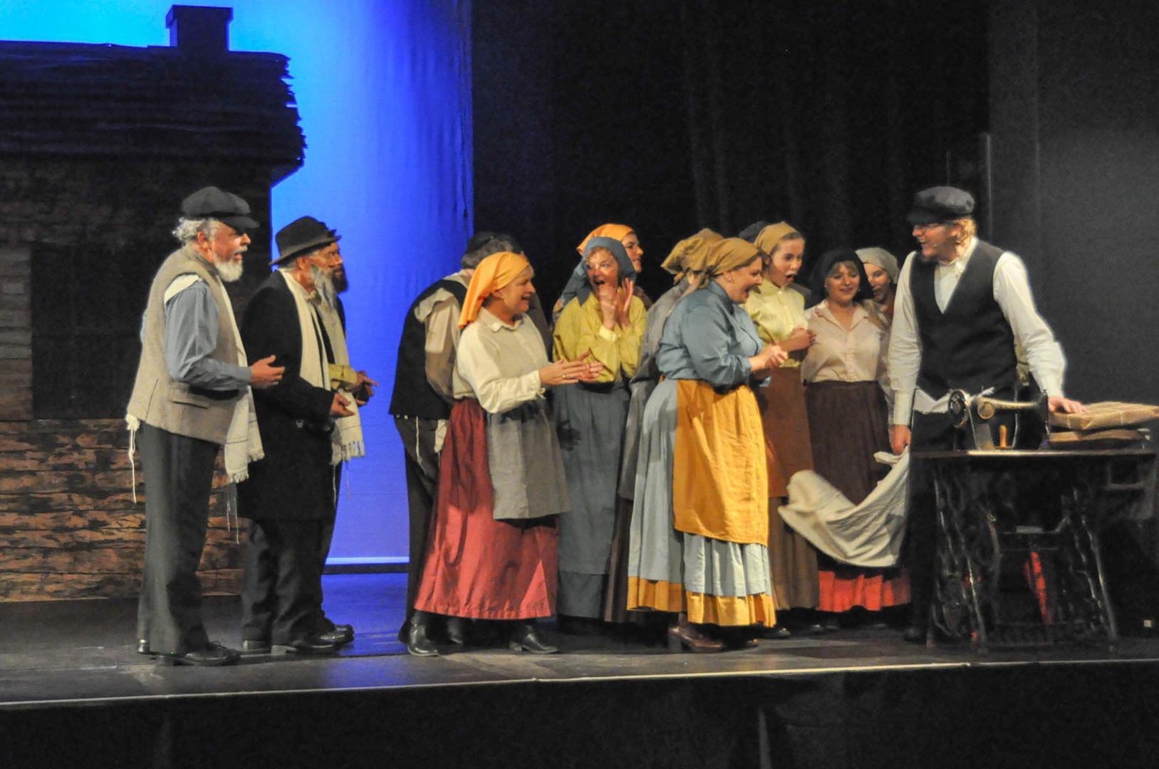 Fiddler - dress rehearsal 22-10-19 -129.