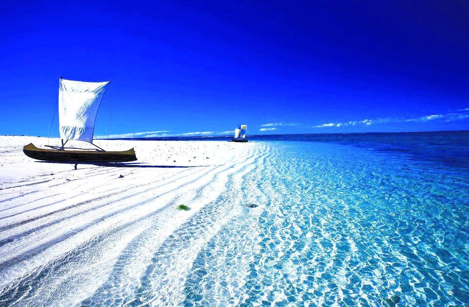 Madagascar-Africa_edited_edited.jpg