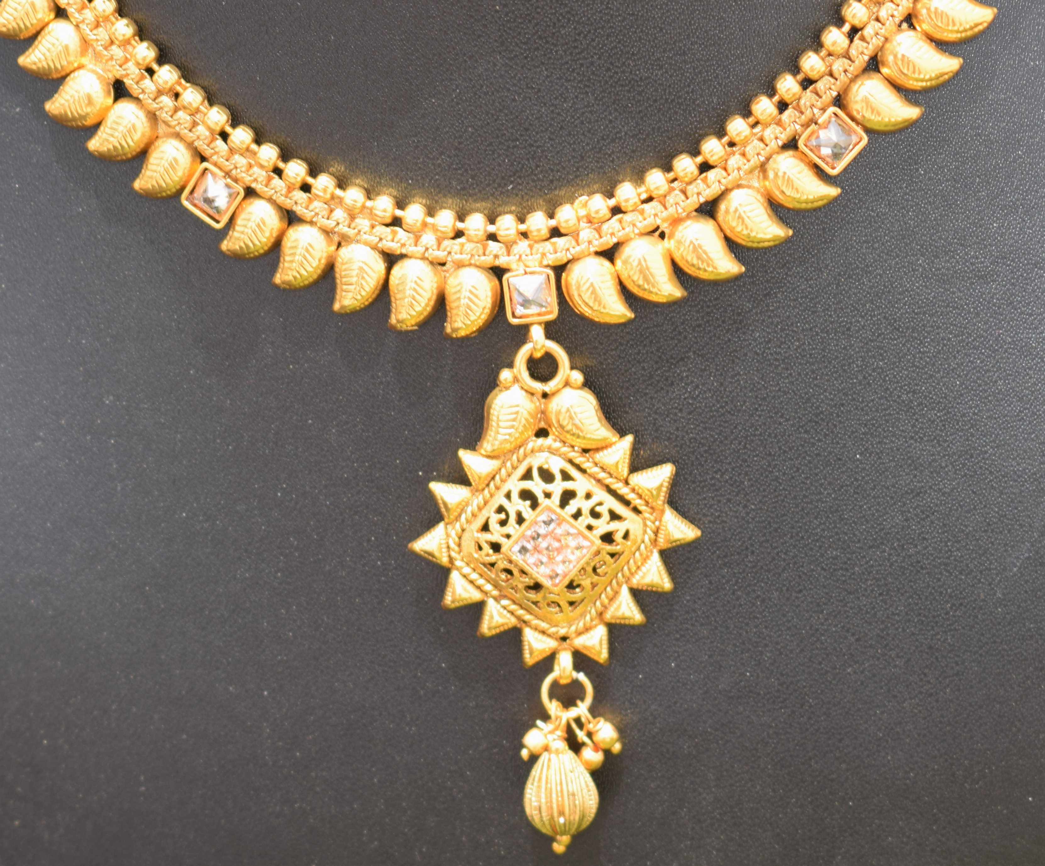 Traditional Indian Gold Plated Necklace Set With Earrings And