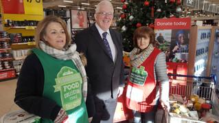 Dickson Lauds the Tireless Work of Carrickfergus Foodbank