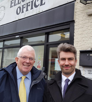 Dickson and Donnelly Turn In Nomination Papers