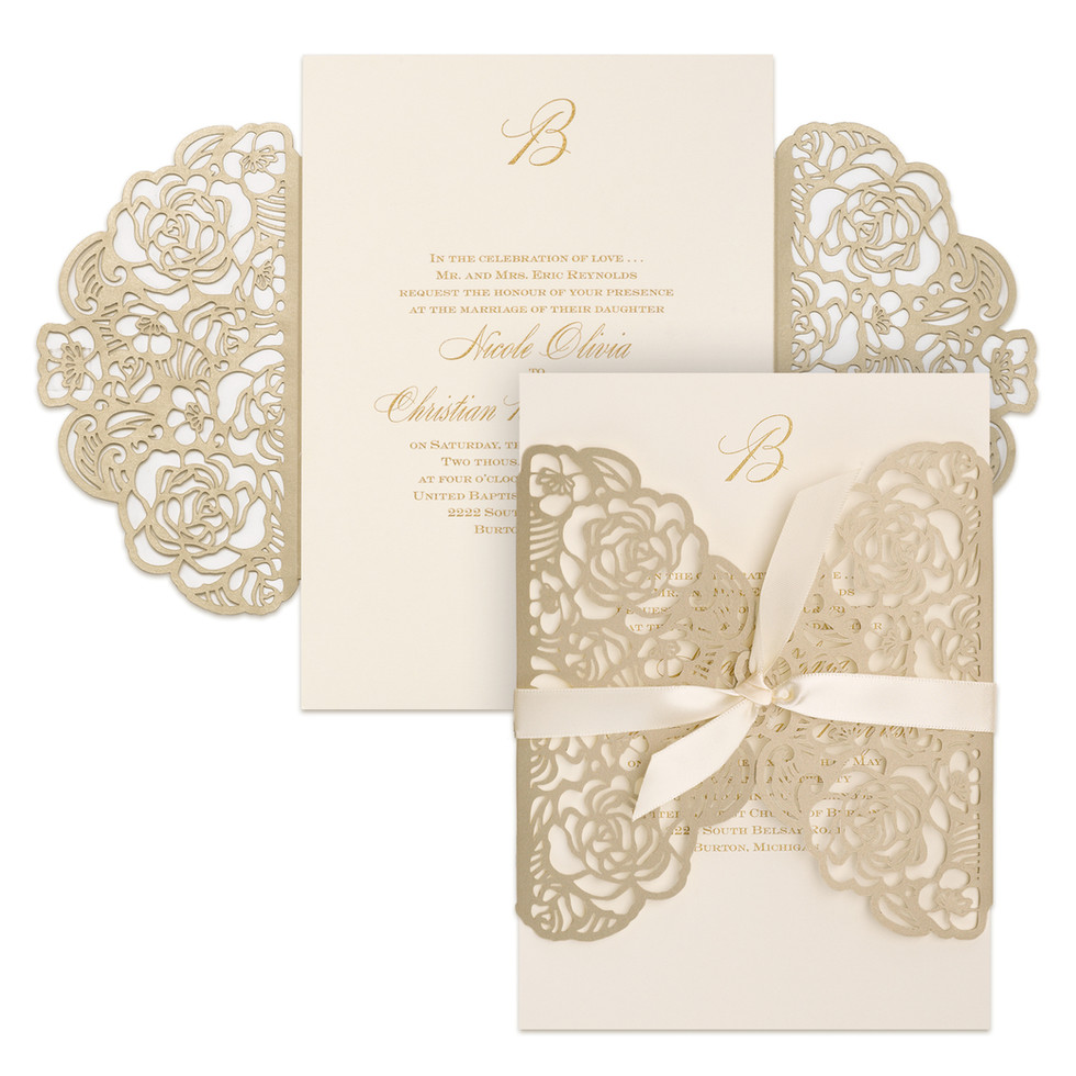 Wedding invitation with rose shimmer