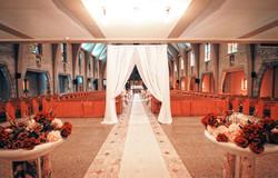 Décoration de l'église pour l'entrée