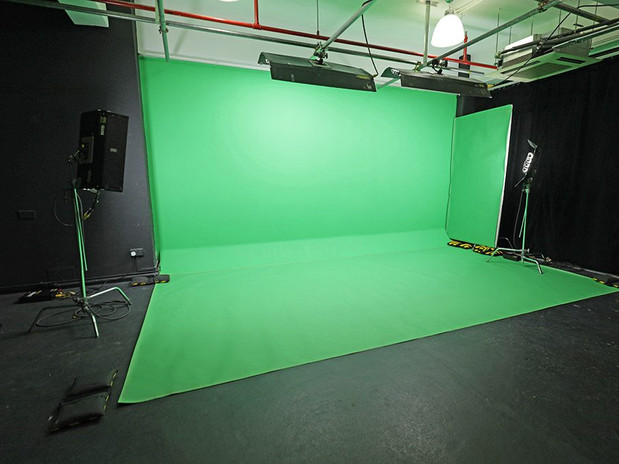 Green screen wall for rental
