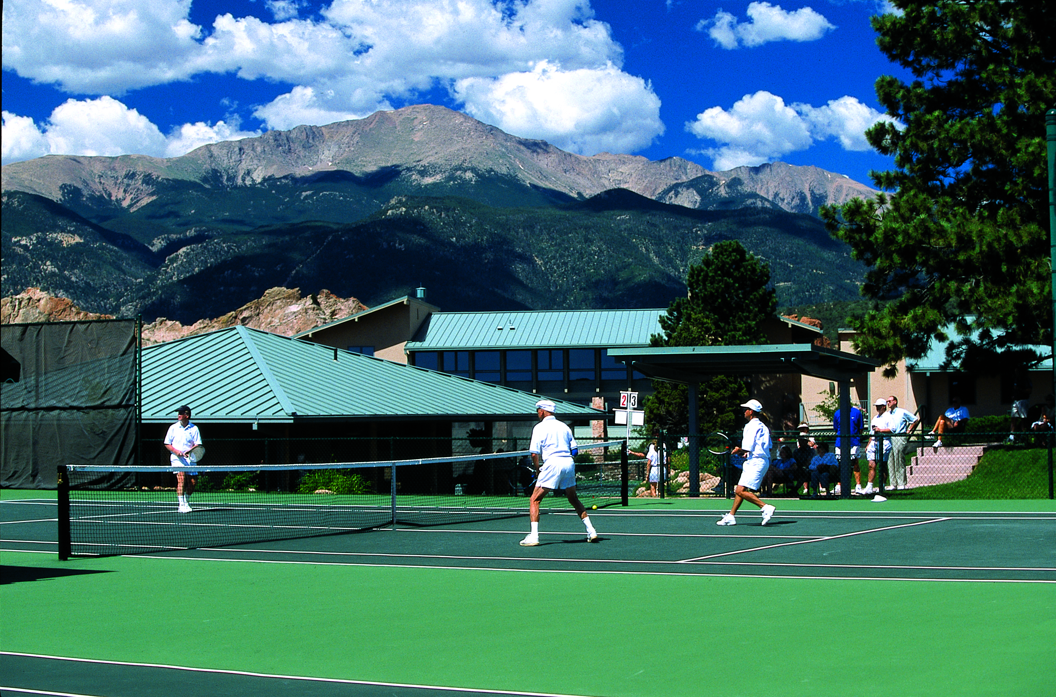 Tennis at Garden of the Gods Club