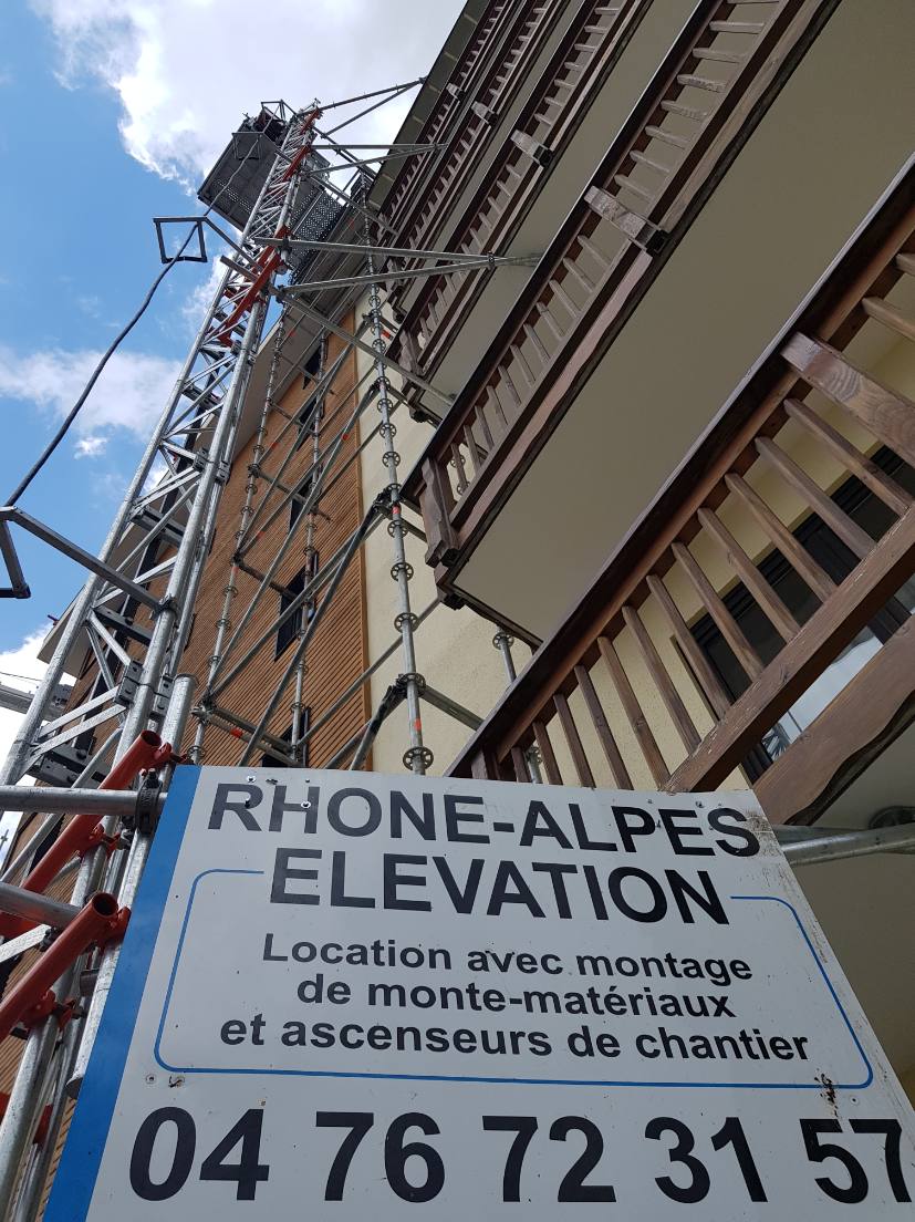 RAE_LIFT_Location_et_montage_-_Monte_matériaux_Ascenseurs_de_chantier.png