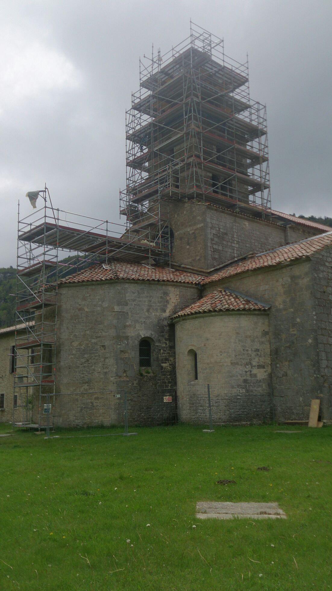 Eglise_de_Leoncel_Echafaudage_Drôme_Rhône-Alpes_Elévation.jpg