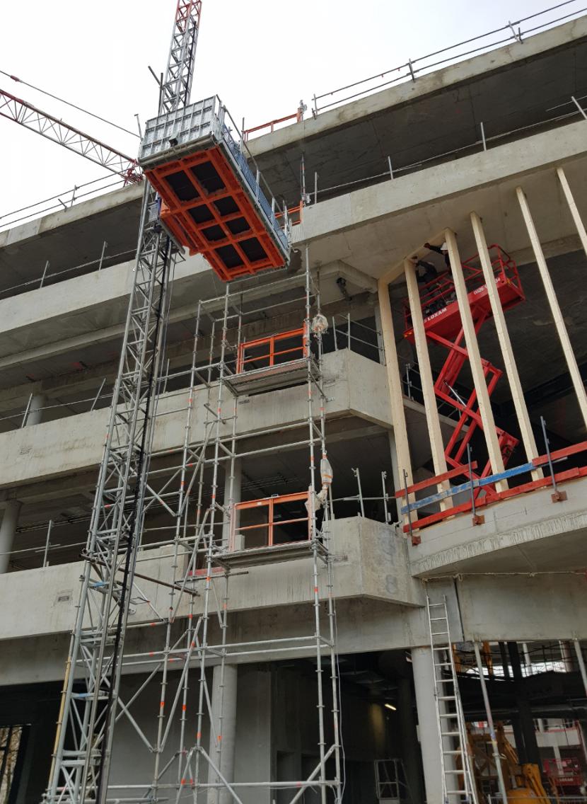 RAE LIFT - Location Monte charges et Ascenseurs de chantier.png