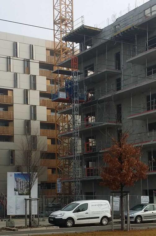 Location montage lift de chantier Rhone-Alpes Elevation.jpg