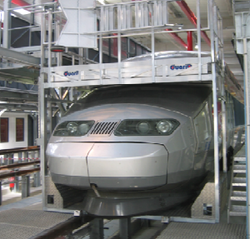 Passerelle maintenance trains