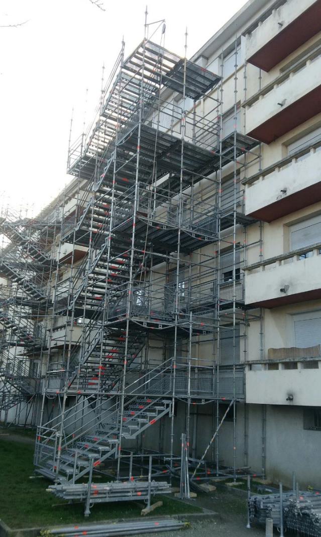 Location montage escaliers publics.png