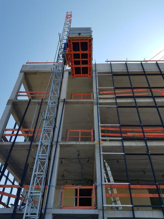 Location montage lift de chantier et mon