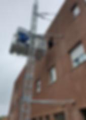 Monte-matériaux_et_personnes_-_MABER_MBC