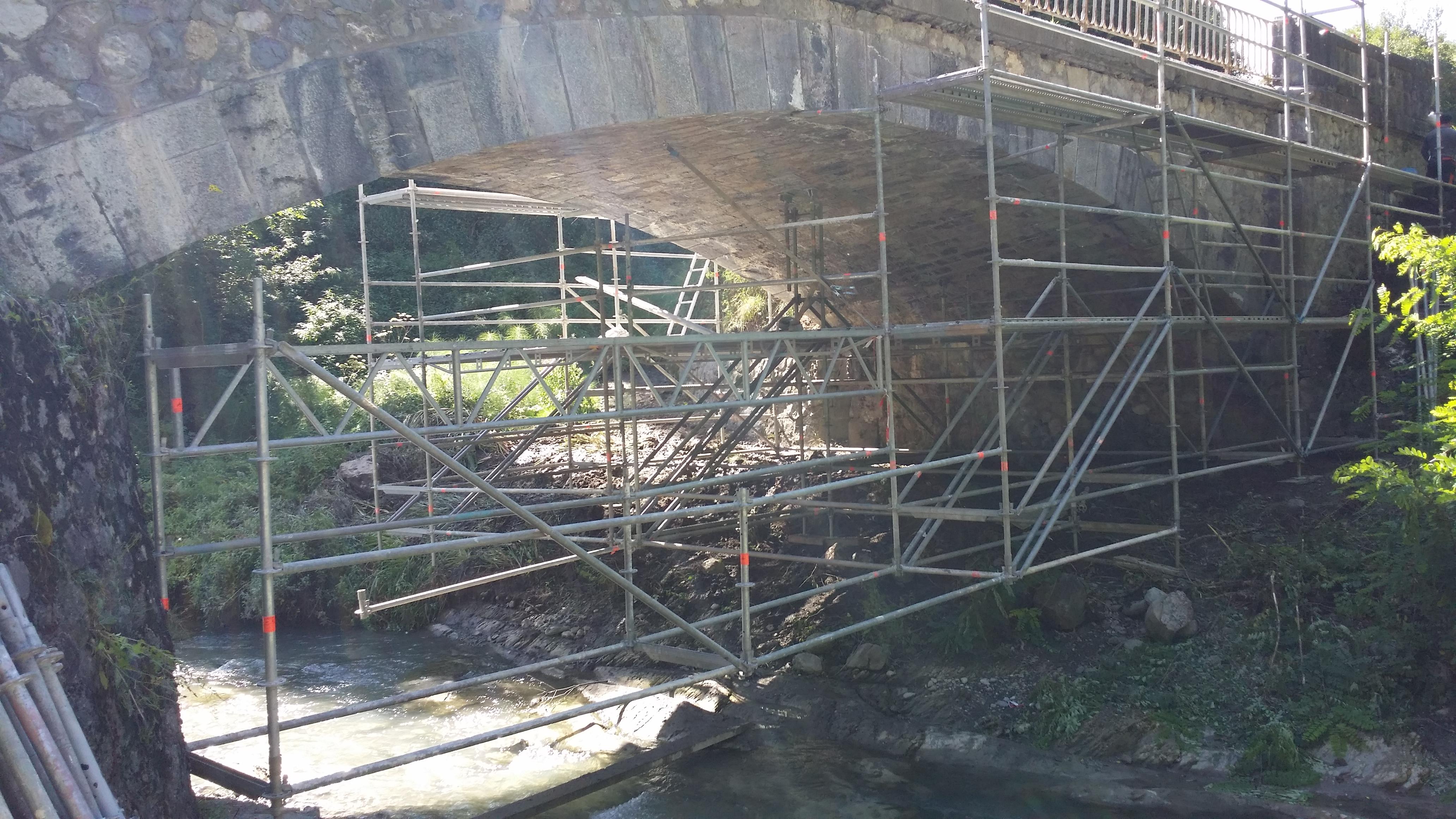 Pont sur la Vanne (38)