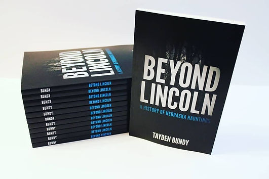 Beyond Lincoln Book Cover for Flyers.jpg