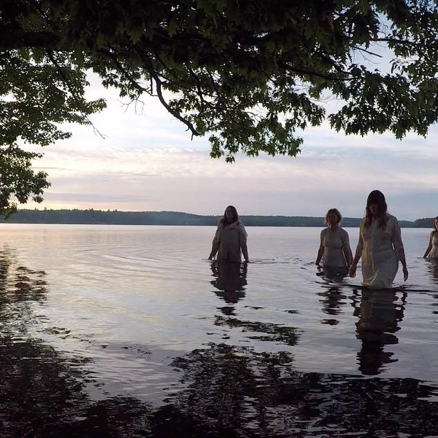 juliette cam dancers in water 2.jpg
