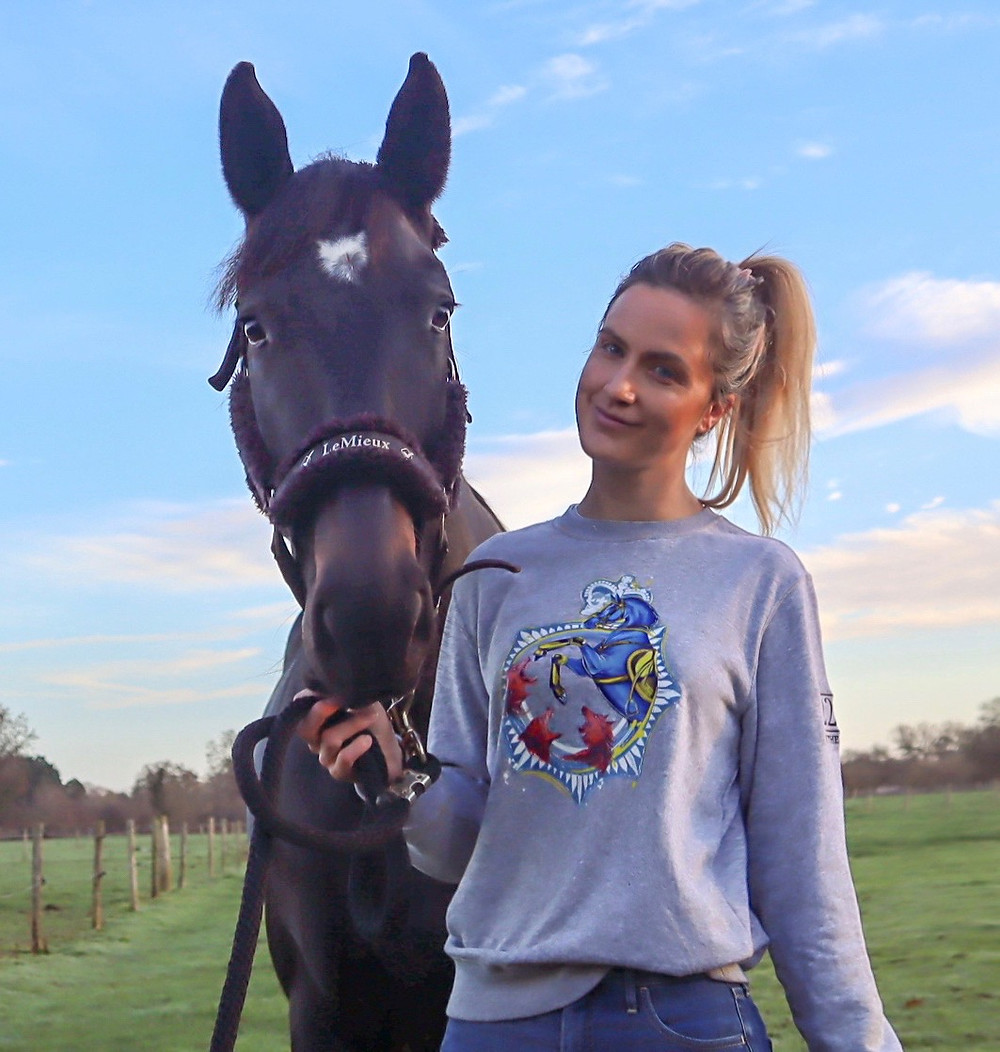 Equestrian fashion blog - 22v by TheraPlate
