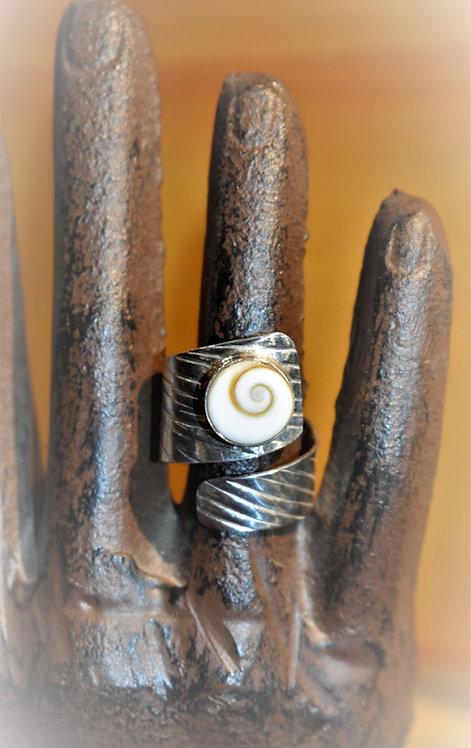 Lined Shiva Shell Ring
