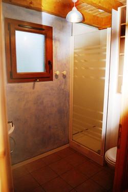 auvergne-chalet-camping-mont dore-5 personnes salle de bains
