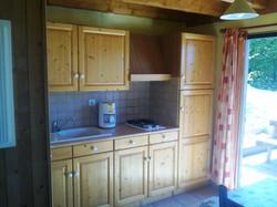 auvergne-chalet-camping-mont dore-5 personnes cuisine