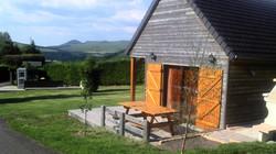 auvergne-chalet-camping mont dore-5 personnes vue exterieur2