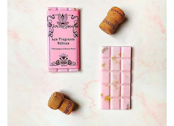 Champagne et Biscuit Rose