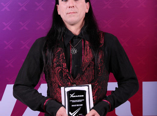 Dragon Night Wins Male Escort Award 2019