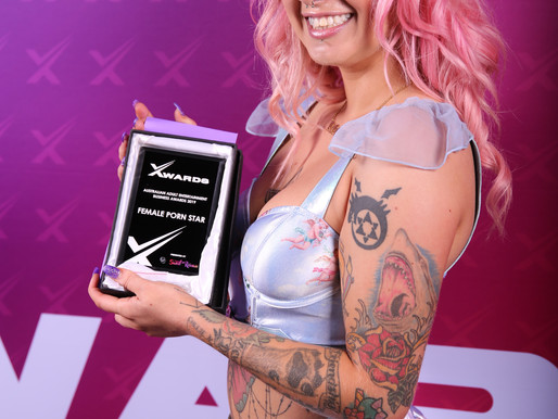 Angel Gore Wins Female Porn Star and Female Cam Star Award 2019