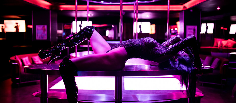 6 Sexy Reasons You Should Become A Stripper!