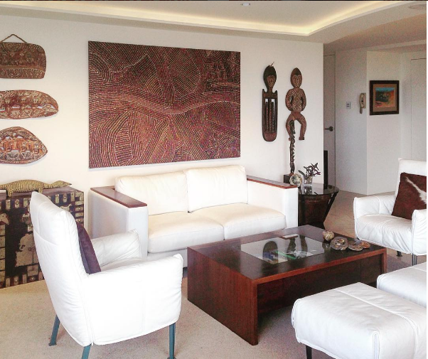 Hamilton_livingroom.png
