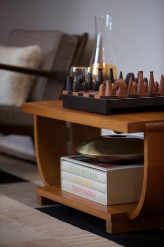 UES_livingroom_detail.jpg