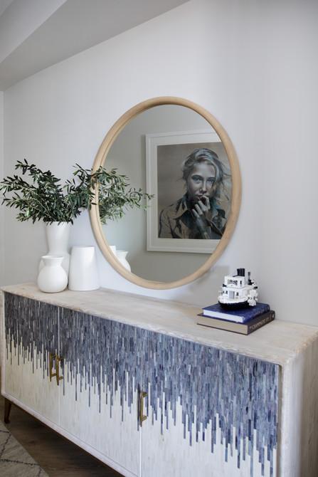 foyer_detail.jpg